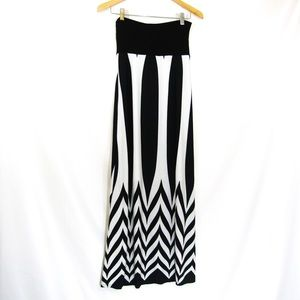 Love Culture Skirts - Art Deco Geometric Windowpane Maxi Skirt